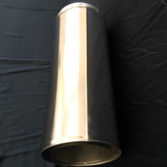 China Slivery Galvanized Exhaust Pipe Polished Surface Treatment Non Alloy High Grade SS Material factory